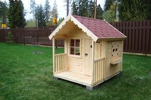 Детский домик из дерева на дачу своими руками