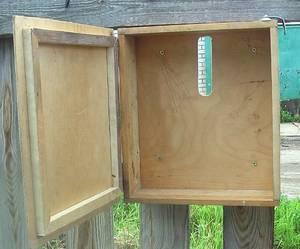 Просто ящик для писем из дерева