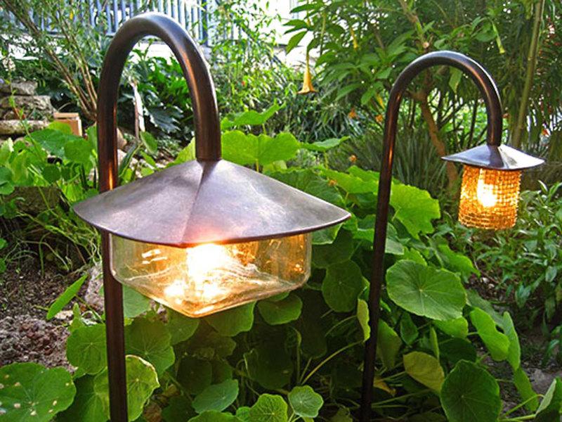 Садовый светильник сделать своими руками