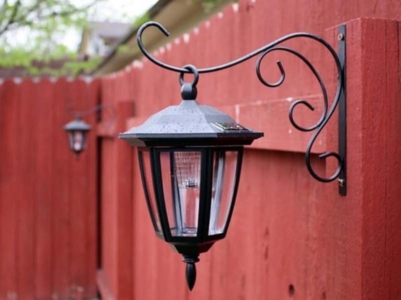 Уличный фонарь декоративный