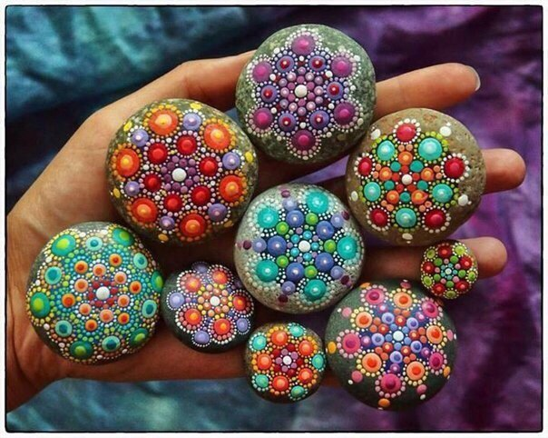 Чем рисовать на камне какими красками