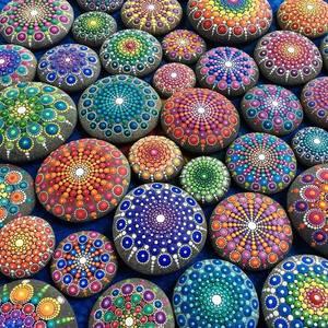 Схемы рисунков на камнях