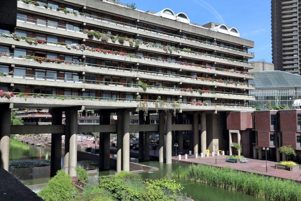 Барбиканская недвижимость. 1968-79, Лондон