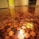 Пол из монет: фото, внешний вид, как сделать, способы, примеры
