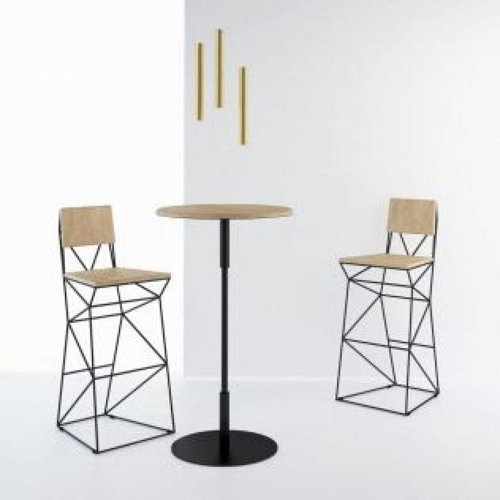 Деревянные барные стулья: секреты популярности мебели