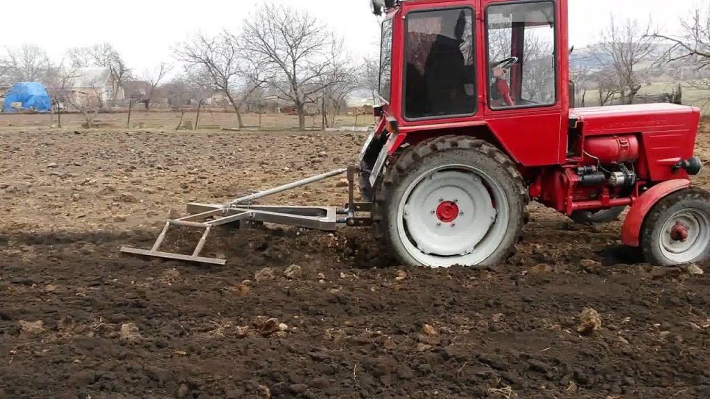 Что делать, если трактор вышел из строя: правила безопасной эксплуатации и ремонт тракторов