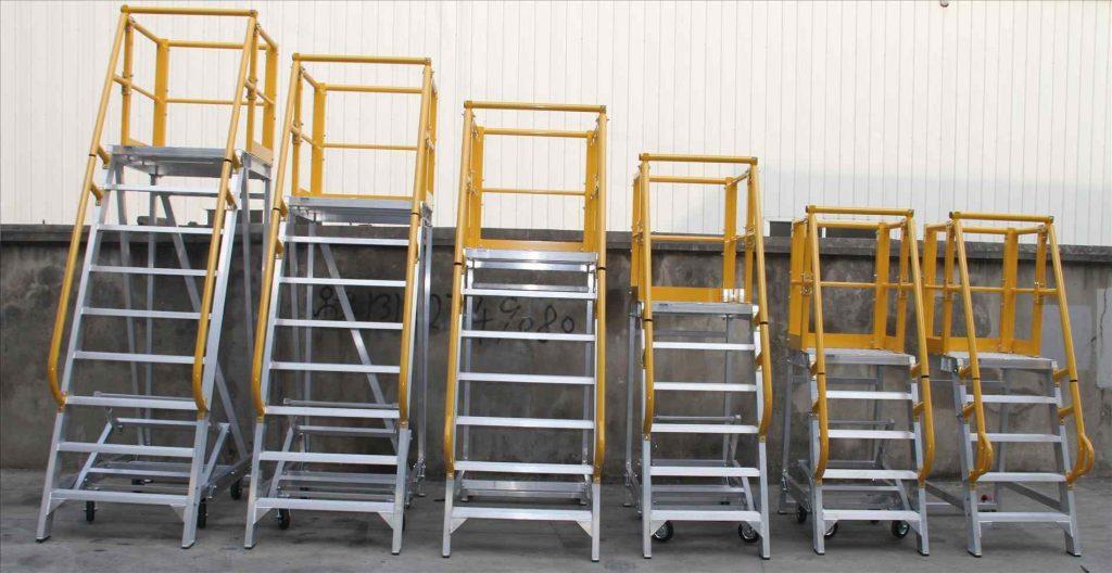 Лестницы передвижные RUSKLAD